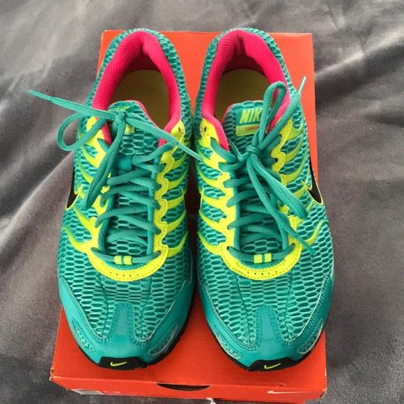 56c0f0f89ea Nike Shoes - Women s 7.5 Air Max Torch 4